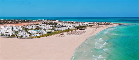 Emirates Airline in Tunisia - Airlines-Airports