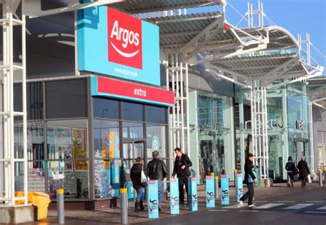 Angry union calls on Argos drivers for strike vote over
