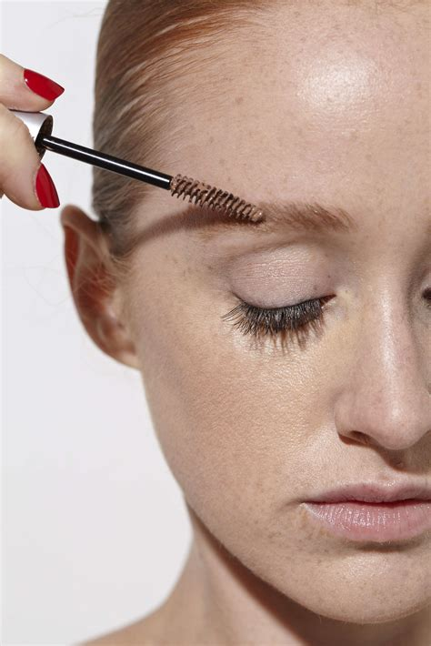 10 Eyebrow Products for Redheads - Blondes & Brunettes Can
